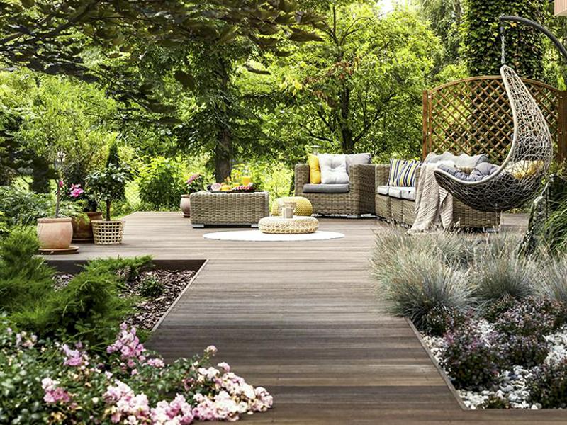 Comment faire de l'ombre dans le coin détente de son jardin ?